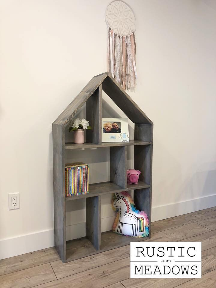 Exclusive project plans for a rustic Dollhouse Bookshelf by Rustic Meadows